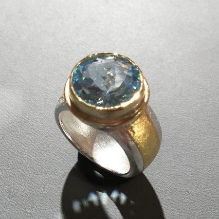 Edeltopas-Ring